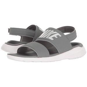 Nike Womens Tanjun Sandal - 7 - Gray & White